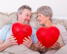 60 jährige Paare haben mehr Sex als 30 jährige Singles
