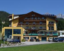 Wandern in der traumhaften Dachstein-Schladming-Region in Österreich